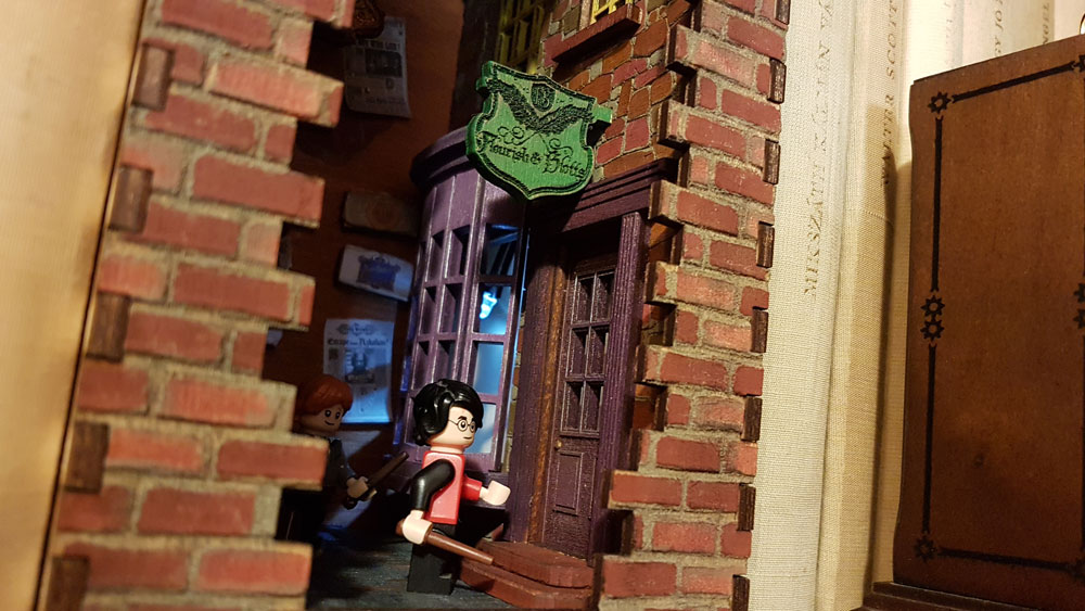 Harry Potter és a Diagon Alley book nook